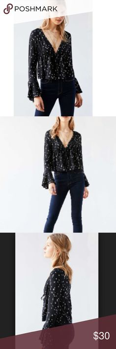 Kimchi Blue Eleanor Bell Sleeve Button Down Sz S Amazing black top with white geometric flowers, on trend, open front blouse.  Tie front with 4 buttons. Bell sleeves.   Looks like: stone cold fox, realisation par, reformation. Pre-owned but in perfect condition. Kimchi Blue Tops Blouses