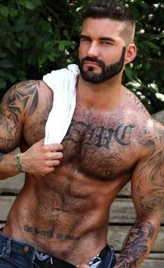 Men of the world. Hairy Hunks, Hairy Men, Hot Hunks, Outfits Hombre, Muscle Hunks, Inked Men, Hommes Sexy, Bear Men, Muscular Men