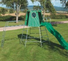TP explorer2 set - the climbing frame that grows with your child. It can be built at 2 levels