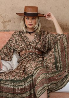 Top & skirt MISS JUNE Paris
