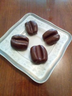 Kávové zrná • recept • bonvivani.sk Beans, Pudding, Vegetables, Fruit, Cake, Recipes, Food, Custard Pudding, Kuchen