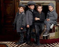 Mode Hiver Kids Collection Dolce & Gabbana Enfant Source by lesradisbleus Dolce & Gabbana, Dolce And Gabbana Kids, Little Boy Fashion, Kids Fashion Boy, Fashion Moda, Look Fashion, Fashion Fashion, Fashion Outfits, Designer Childrenswear