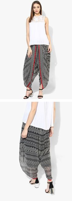 Could I pull off this style of pants? But damn //Ayaany Black Printed Salwar Fashion Wear, Modest Fashion, Fashion Pants, Fashion Outfits, Salwar Designs, Blouse Designs, Western Outfits, Indian Outfits, Salwar Pants