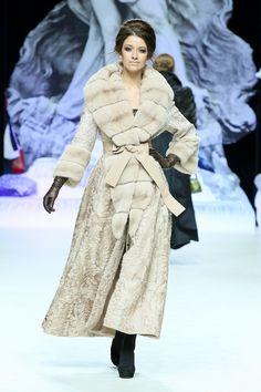 Snowstorm. Love it sooo much... <3 <3 Stilosa. Mink, Lamb, Lace coat.