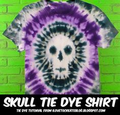 Halloween is right around the corner and I& dreamed up the perfect tie dye project for you. Getting this skull tie dye shirt isn& a. Make A Tie, How To Tie Dye, How To Dye Fabric, Fabric Art, Diy Camisa, Ty Dye, Diy Tie Dye Shirts, Tie Dye Party, Tie Dye Crafts