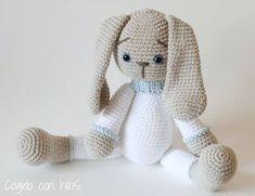 crochet tutorial for bunny ♥ Crochet Animal Amigurumi, Crochet Baby Toys, Crochet Animal Patterns, Crochet Bunny, Crochet Gifts, Cute Crochet, Baby Blanket Crochet, Crochet Animals, Crochet Dolls