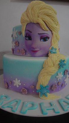 Bolo Frozen... Elsa... linda demais...