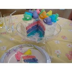ADORABLE!!!Peeps Easter Cake From @CreativePartyIdeas  #Easter #Desserts #Sweet #treats #Peeps