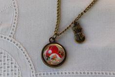 """Kette """"Weihnachtsmütze"""" mit Schneemann-Anhänger von Aus Muddi's Schmuckkästchen auf DaWanda.com"""