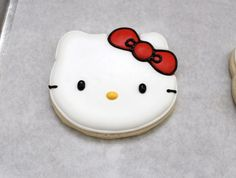 How to decorate a hello kitty cookie by Sweet Adventures of Sugarbell
