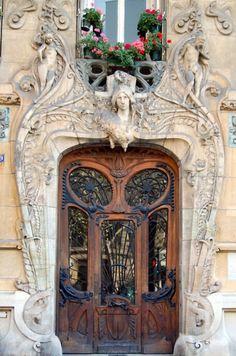 Art Nouveau design Door