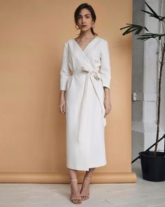 Mini Dresses For Women, Simple Dresses, Nice Dresses, Casual Dresses, Clothes For Women, Elegant Outfit, Classy Dress, Classy Outfits, Fashion Outfits
