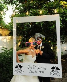 14 unique photobooth backdrop ideas for awesome wedding day photos! - Wedding Party