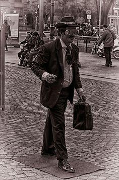 Społeczne?! Technik masażysta stanowi średni personel medyczny. Może pracować jako członek zespołu rehabilitacyjnego, lub świadczyć usługi finansowe indywidualnie dla potrzeb: medycyny, sportu, rekreacji oraz kosmetologii estetycznej.Dyskopatia to http://kolarsko.pl/news/cykloopawy-xc-mtb-glucholazy-glucholazy-2014-09-27/ ogólna nazwa schorzeń kręgosłupa, związanych z krążkiem międ...