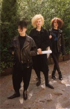Deathrock is a rock music subgenre incorporating horror elements and gothic theatrics. It emerged from punk rock on the West Coast of the Un. 1980s Punk Fashion, Gothic Fashion, Vintage Goth, 80s Goth, Punk Goth, Gothabilly, New Romantics, Goth Aesthetic, Punk Outfits