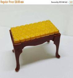 Hop in The Basket Marx Little Hostess Vanity Bedroom Stool Furniture hard plastic Vanity Stool Piano Stool #toyfurniture #louismarx
