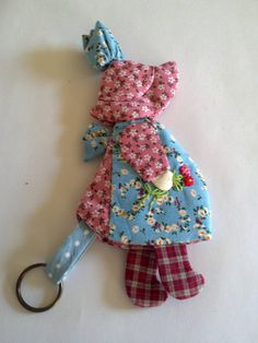Cute quilted Key Cover Sunbonnet Sue with hand by Qspring on Etsy, $13.45