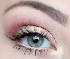 pink & gold love this just because theres not eyeliner