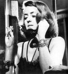 Bette Davis on the phone in THE BRIDE CAME COD 1941