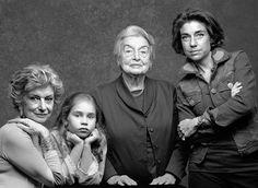 """Família Pascolato. 4 gerações no livro """"Origem – Retratos de Família no Brasil"""", de Fifi Tong (Editora Auana). Publicado em agosto de 2009."""