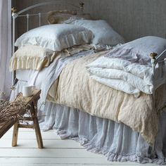 Pine cone hill shabby chic bed linens pine cone hill for Spring hill designs bedroom furniture