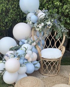 Boy Baby Shower Themes, Baby Shower Fall, Baby Shower Gender Reveal, Baby Shower Parties, Baby Boy Shower, Balloon Garland, Balloon Decorations, Baby Shower Decorations, Baby Boy Balloons