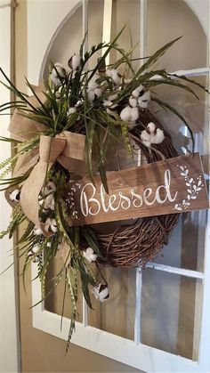 This farmhouse wreath is full of natural greenery and cotton stems, beautiful fo. This farmhouse wreath is full of natural greenery and cotton stems, beautiful for your farmhouse county Front Door Decor, Wreaths For Front Door, Window Wreaths, Rustic Front Doors, Country Farmhouse Decor, Rustic Decor, Farmhouse Front, Kitchen Country, Farmhouse Style