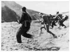 Capa, Robert (André Ernö Friedmann): Santa Eulalia, frente de Aragón, agosto 1936