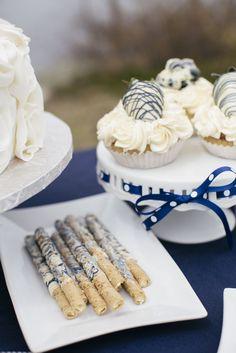 Wedding Table Ideas Navy Plates 39 Ideas For 2019 Wedding Sweets, Wedding Table, Wedding Foods, Wedding Ideas, Wedding Cakes, Nautical Wedding Theme, Nautical Party, Peanut Butter Sandwich Cookies, Bar A Bonbon