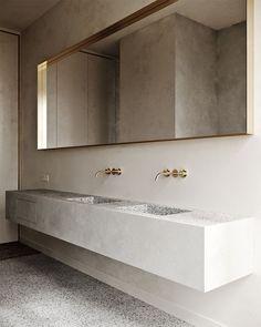 Country Home Interior Minimal bathroom design Minimal Bathroom, Modern Bathroom Design, Bathroom Interior Design, Home Interior, Bathroom Designs, Bathroom Ideas, Bathroom Inspiration, Simple Bathroom, Shower Ideas