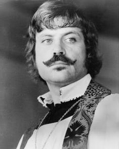 oliver reed, obviously a true fashion icon Old Film Stars, Vintage Movie Stars, Vintage Movies, Ken Russell, Oliver Reed, Sideburns, Wedding Function, People Of Interest, Renaissance Fair