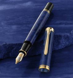 Special Edition Pelikan fountain pen Souverän M800 blue o' blue