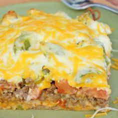 John Wayne Casserole--use Greek yogurt for sour cream and Mayo, use low fat cheese, and extra lean beef Easy Ground Beef Casseroles, Ground Beef Recipes Easy, Potluck Dishes, Tasty Dishes, Potato Kugel Recipe, John Wayne Casserole, Cheeseburger Tater Tot Casserole, Slow Cooker Ground Beef, Homemade Taco Seasoning Mix