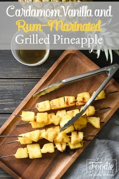 This simple rum-marinated grilled pineapple is full of flavor and a makes for a delicious, healthy side dish! It's also vegan, gluten free and dairy free! Healthy Grilling Recipes, Barbecue Recipes, Healthy Appetizers, Healthy Snacks, Grill Recipes, Grilled Desserts, Grilled Fruit, Ww Recipes, Whole Food Recipes