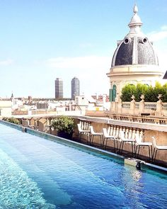 Oh the view over Barcelona from this Olha Hotel roof top pool !  One of the best urban and architecture views plus an amazing hotel if you travel to Barcelona, in Spain.
