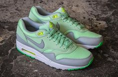 Nike Air Max 1 – Vapor Green / Mist Grey