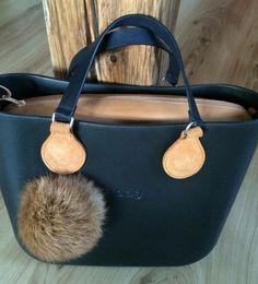 Tote Handbags, Purses And Handbags, Fab Bag, Backpack Travel Bag, Stylish Handbags, Mode Style, Beautiful Bags, My Bags, Handbag Accessories