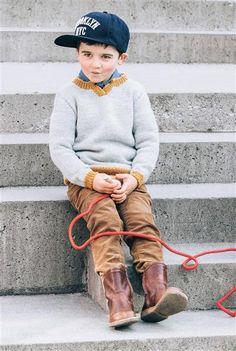 1509: Design 10 Genser med kontrastfarge #strikk #knit #ull #wool #SandnesGarn