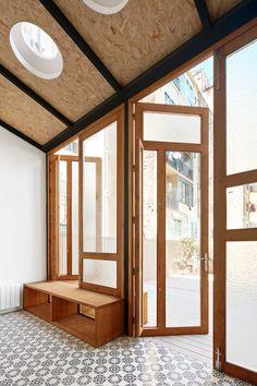 RAS Arquitectura: Tamarit Apartment — Thisispaper — What we save, saves us.
