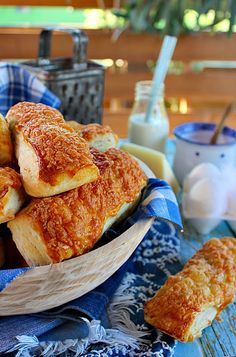 Sajtos leveles rúd Salty Snacks, Rum, French Toast, Rolls, Bread, Breakfast, Food, Drink, Pizza