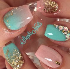 Instagram photo of acrylic nails by _stephsnails_ (Stephanie Loesch)