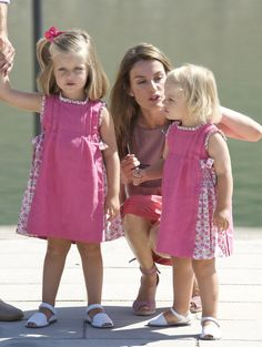 Princess Letizia - Prince Felipe & Princess Letizia Photocall In Mallorca
