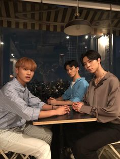 Find images and videos about kpop, nct and mark on We Heart It - the app to get lost in what you love. Nct Johnny, Johnny Seo, Taeyong, Mark Lee, Winwin, Kpop, Grupo Nct, Rapper, Nct Group