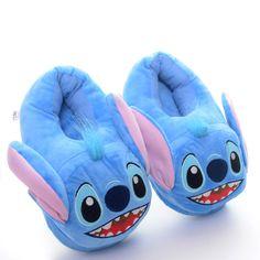 Lilo y Stitch - Stitching Lilo Stitch, Lelo And Stitch, Cute Stitch, Disney Stitch, Cute Sleepwear, Cute Lazy Outfits, Cute Slippers, Cute Disney, Disney Cars