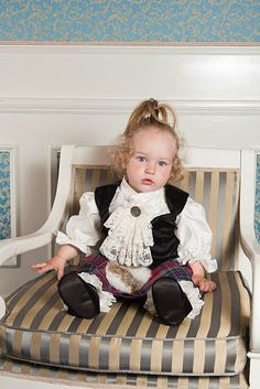 Luxury couture for little kids, girls and boys Christening Outfit, One Design, Baby Car Seats, Product Launch, Couture, Luxury, Children, Boys, Outfits