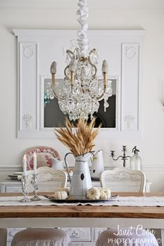 Shabbyfufu gorgeous dinning room...for fall