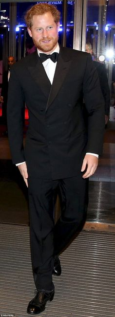 Prince Harry donned a tuxedo for the premiere of Spectre last night and pulled it off in a Bond-worthy fashion