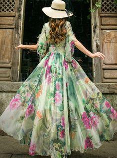 Shop Short Sleeve Floral Print Chiffon Maxi Dress at EZPOPSY. Bodycon Dress With Sleeves, Chiffon Maxi Dress, Floral Maxi Dress, Maxi Dresses, Casual Dresses, Skater Dress, Summer Dresses, Moda Floral, Print Chiffon