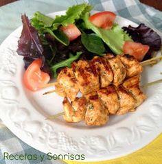 Pinchos, pinchos de pollo, brochetas, brochetas de pollo, Julia y sus recetas, curry, pollo al curry, cenas, tapas,