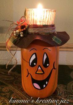 Jack 'O Lantern jar candle holder. Mason Jar Projects, Mason Jar Crafts, Bottle Crafts, Diy Arts And Crafts, Fall Crafts, Holiday Crafts, Adornos Halloween, Manualidades Halloween, Fall Halloween